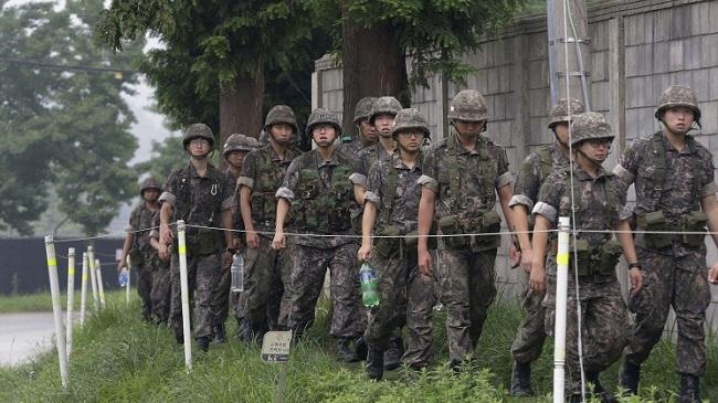 Сеул пригрозил Пхеньяну «беспощадным возмездием». Ким Чен Ын привел войска в полную боевую готовность