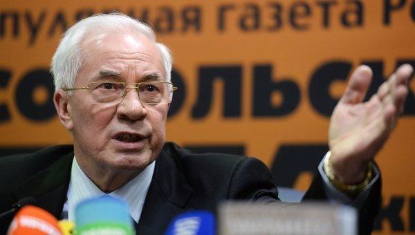 Порошенко, Яценюк и Ко действуют по подсказке американцев, — Азаров