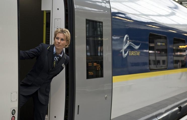 Гибель мигранта привела к остановке движения поездов под Ла-Маншем