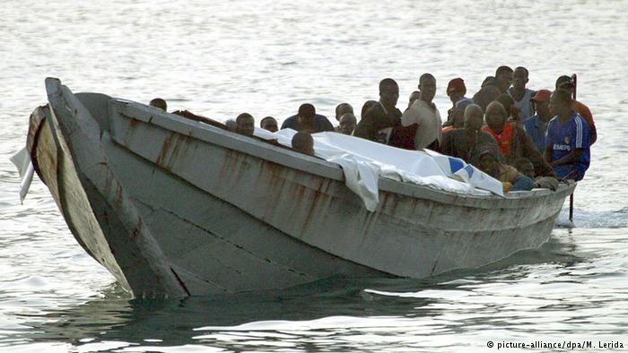 За сутки в Средиземном море спасено более 1100 мигрантов