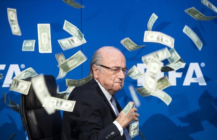 Президент ФИФА отстранен от исполнения своих обязанностей на 90 дней