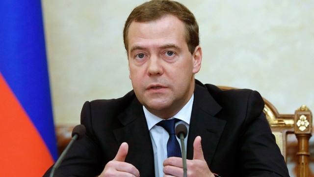 Медведев позаботился о процветании Крыма и Севастополя