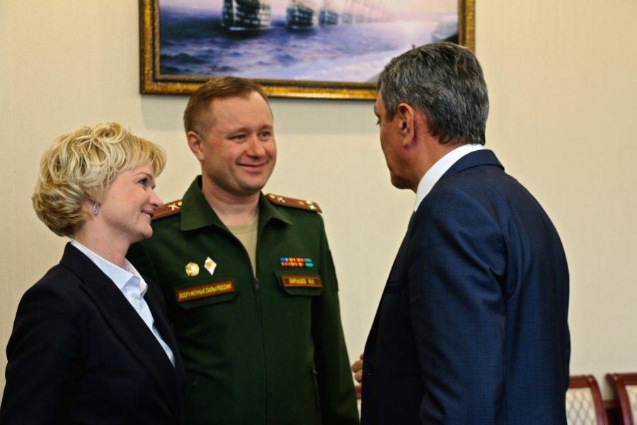 Меняйло встретился с легендарной российской гимнасткой Светланой Хоркиной