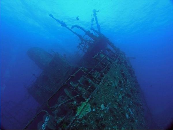 В Балаклаве со дна моря поднимут затонувшие корабли