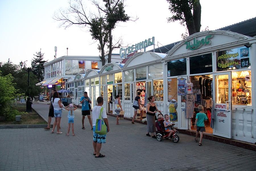 Севастопольские урны и киоски приведут к единому стилю