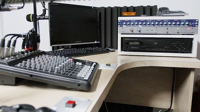 Радиостанции Украины оштрафовали за отсутствие песен на украинском языке