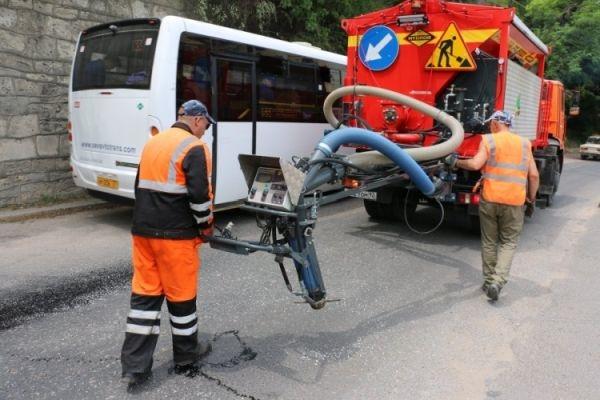 Севастополю пообещали новую дорожную технику и катера