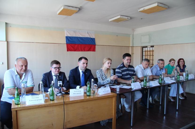 Севастопольская общественность борется за будущее судоремонтного завода