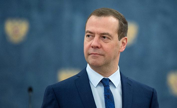 Медведев проведет в Крыму совещание по развитию промышленности