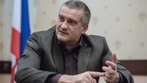 В Севастополе на выборах губернатора избиратели отдают голоса Сергею Аксенову – ФОТО