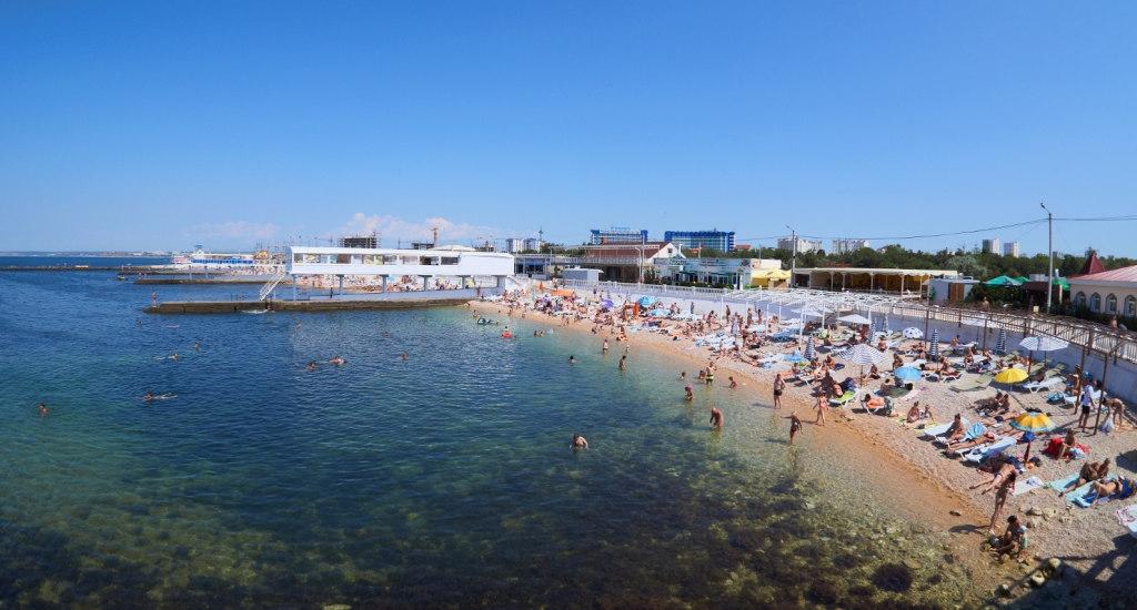 Роспотребнадзор проверил воду на пляжах Севастополя, где была найдена кишечная палочка