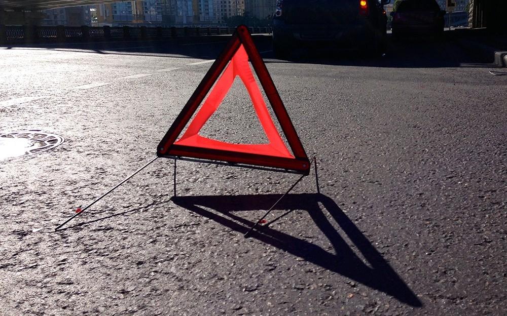 В ДТП на дорогах Крыма погиб велосипедист, тяжело травмирован подросток, а байкеру оторвало палец