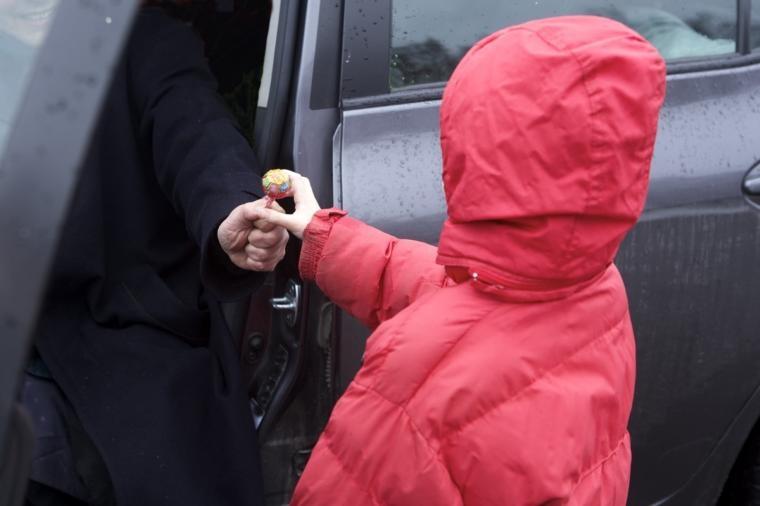 В Крыму пытались украсть ребенка, предлагая ему новый «айфон»