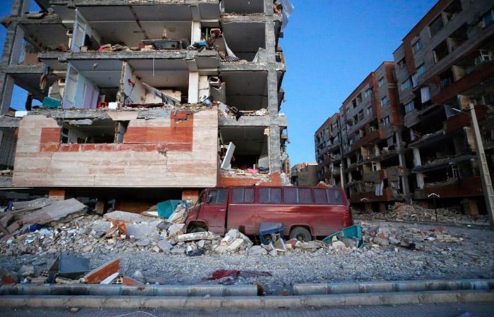 Землетрясение в Иране: погибло более 200 человек