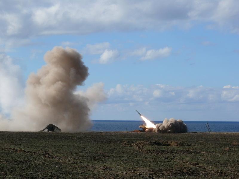Украина начала ракетные стрельбы из «Буков» вблизи Крыма