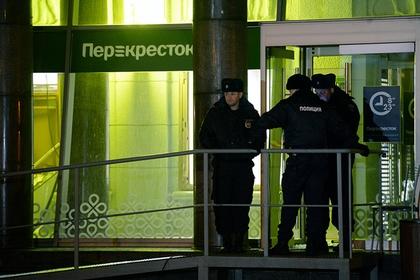 Путин назвал взрыв в петербургском супермаркете терактом