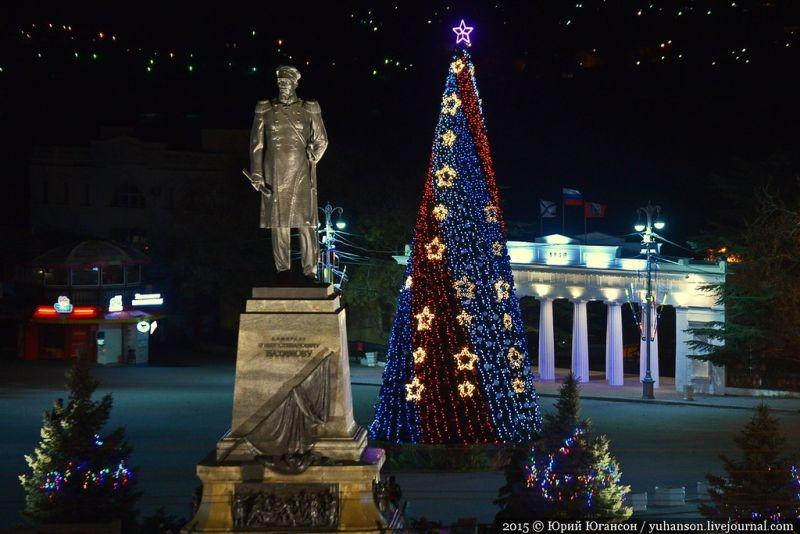 Сегодня в Севастополе откроют главную городскую елку