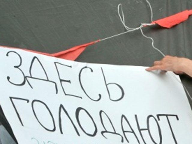 Севастополец объявил голодовку из-за сноса незаконных НТО — фото