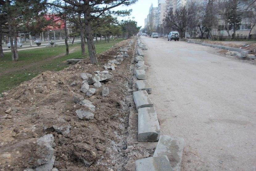 Стало известно, когда будет отремонтирована дорога-дублер на проспекте Генерала Острякова в Севастополе