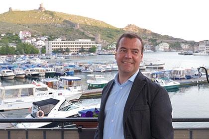 Медведев рассказал об особых чувствах из-за выборов президента в Крыму