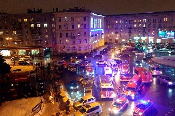 В СМИ появилось видео с предполагаемым организатором взрыва в супермаркете Петербурга — ВИДЕО