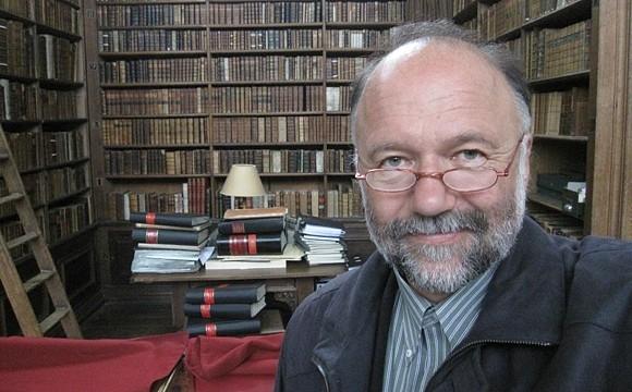 Украинский писатель предложил признать русский язык собственностью Украины