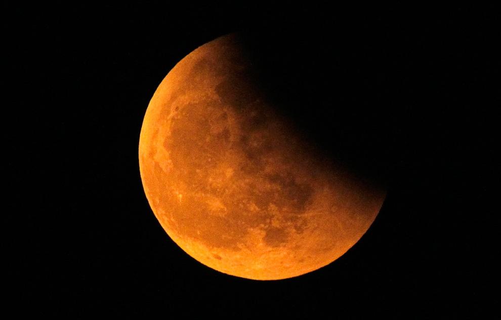 В этом году россияне увидят самое продолжительное за 100 лет лунное затмение
