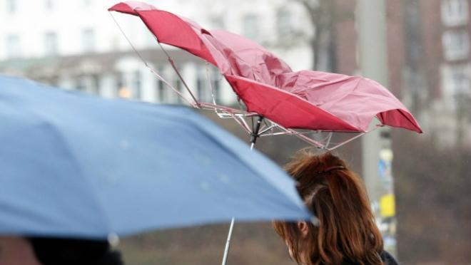 В Крыму сильные дожди, ветер и мокрый снег (прогноз погоды на 12 февраля)