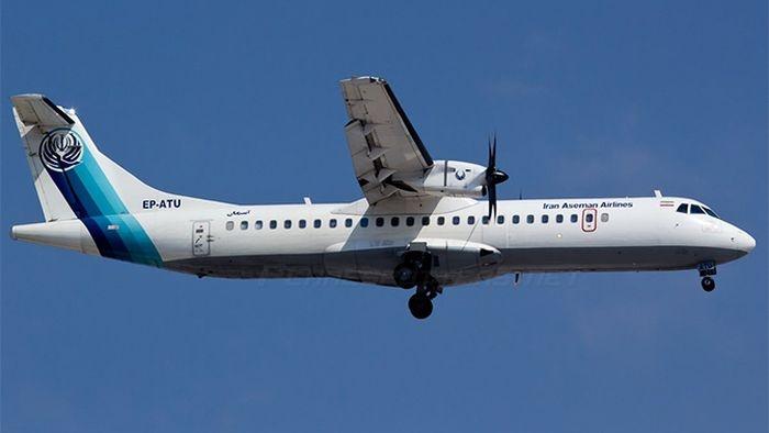 СМИ сообщили о гибели всех пассажиров потерпевшего крушение в Иране самолета
