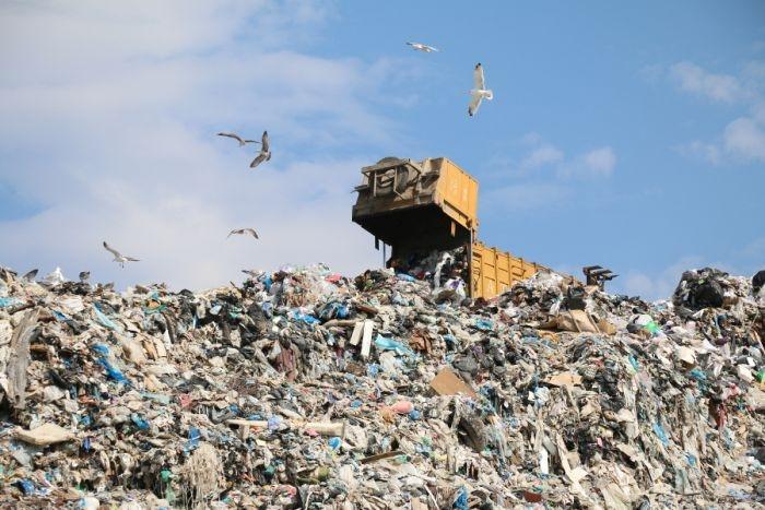 Алчность «мусорных королей» Севастополя доведет до свалки на площади Нахимова