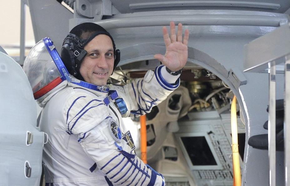 Космонавт Антон Шкаплеров будет голосовать за президента на орбите