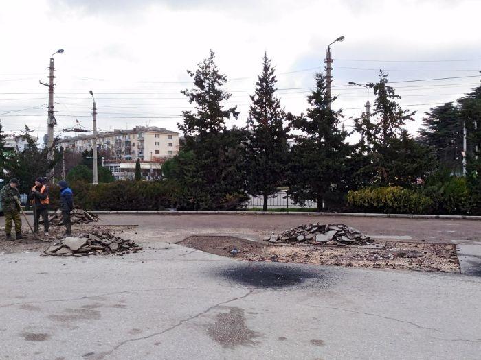 В Севастополе начался ремонт дороги на площади 50-летия СССР