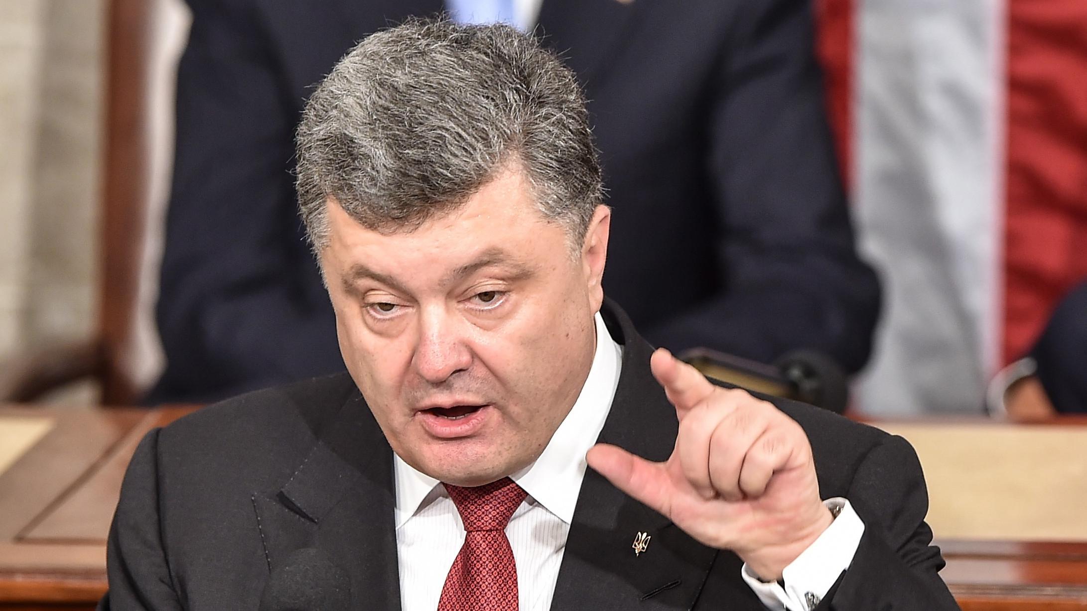 Петр Порошенко в пьяном бреду вспомнил русский язык