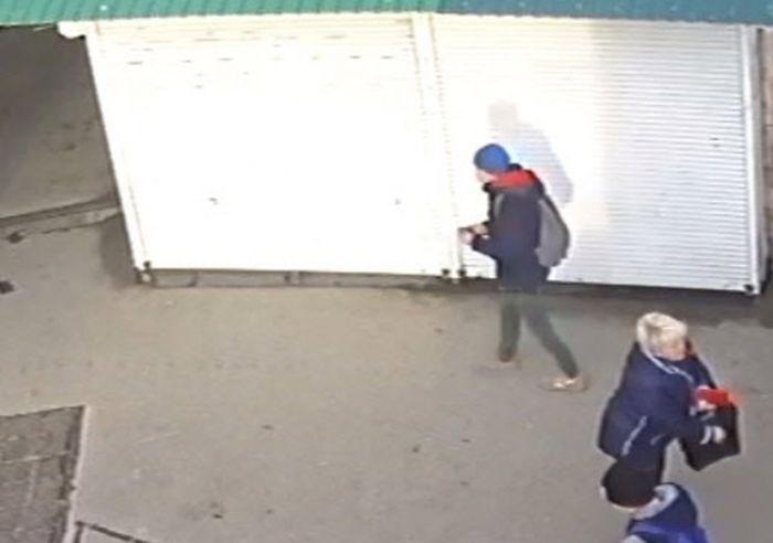 Крымчан просят помочь в розыске грабителя