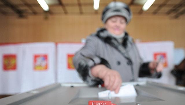 Столетняя жительница Первомайского района отказалась от голосования на дому и сама пришла на участок