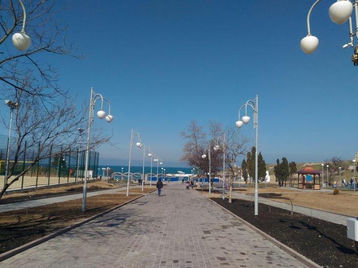 Достоинства и недостатки: севастопольцы оценили реконструкцию парка имени Анны Ахматовой