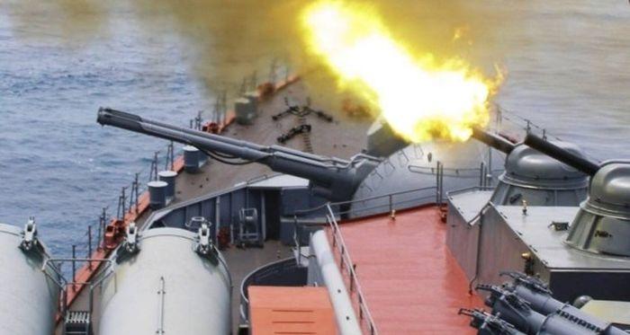 Корабельные расчеты ПВО Черноморского флота провели тренировку по противовоздушной обороне
