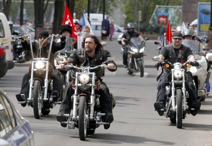 «Ночные волки» планируют проехать по Крымскому мосту в день его открытия