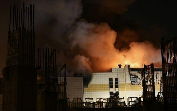Официально: в МЧС назвали причину пожара в кемеровском ТЦ «Зимняя вишня»