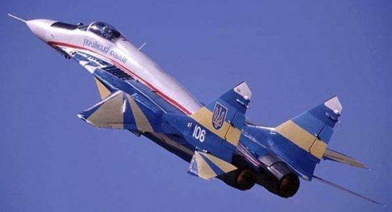 Украина будет патрулировать границу с Крымом на самолетах