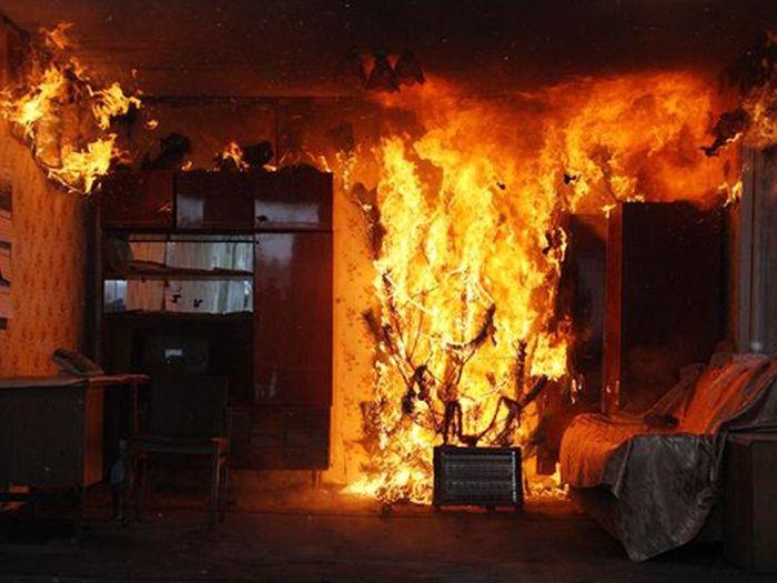 В Форосе горела пятиэтажка: пенсионерку с ожогами госпитализировали