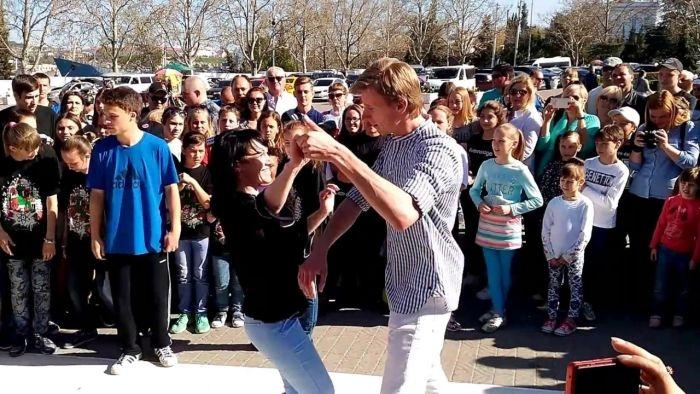 На площади Нахимова в Севастополе введут ограничения движения ради танцев