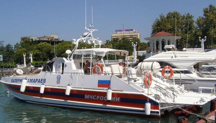 В Севастополе потерпела бедствие яхта с людьми на борту