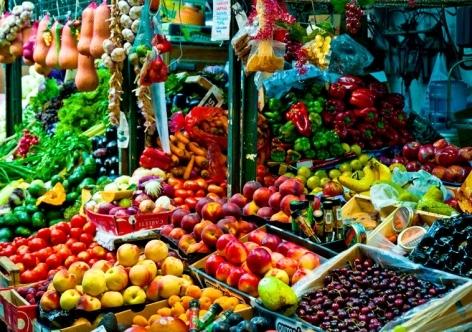 На въезде в Крым откроют продуктовые рынки для автотуристов