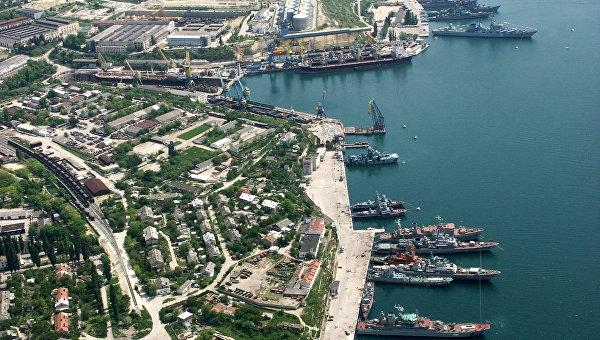 В Севастополе неизвестные силовым путем пытались захватить порт
