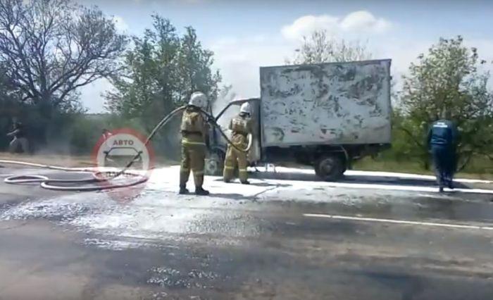 В Крыму на трассе сгорела «Газель»
