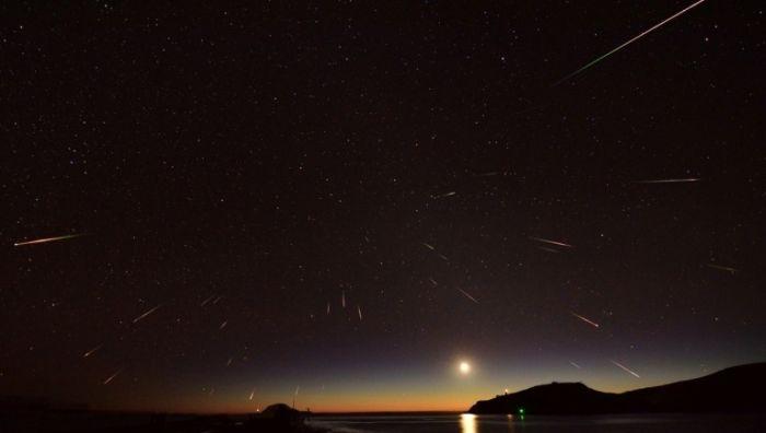 В ночь на 6 мая небо жители Крыма увидят метеорный поток Аквариды