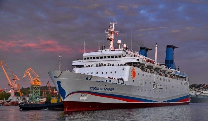 Рейсы круизного лайнера «Князь Владимир» отменили до августа