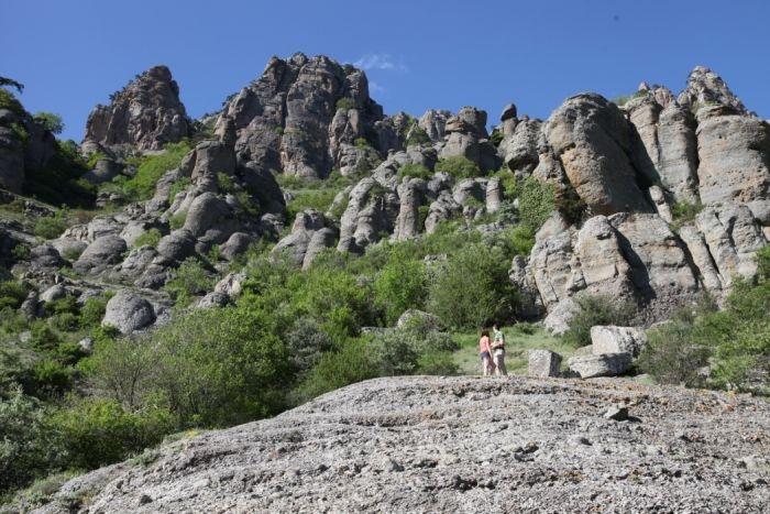 В крымских горах упала и травмировалась женщина