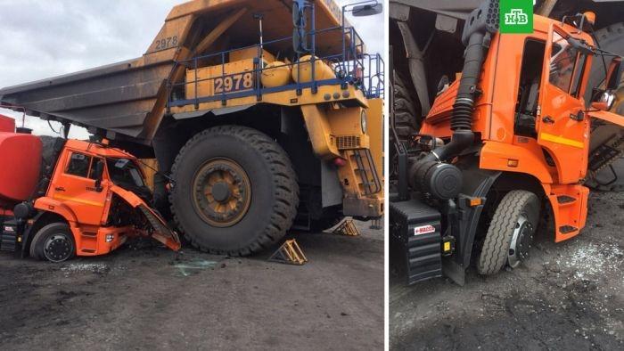 В Кемерово женщина водитель «БелАЗа» случайно раздавила «КамАЗ»